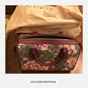 Gucci Boston Blooms GG Supreme Small Tote